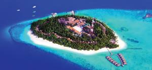 Fotoğraf 1.25 Mercan adası (Maldivler)