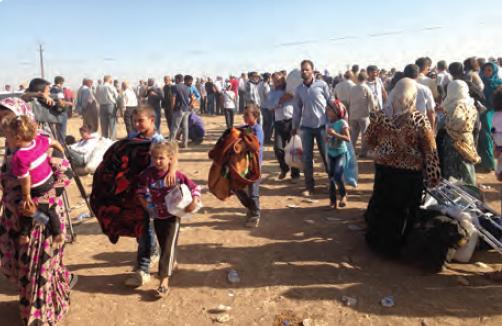 Fotoğraf 2.32 Suriye'den göç eden insanlar
