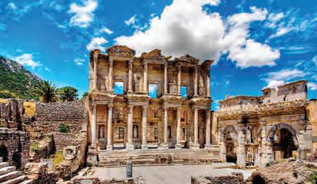 Fotoğraf 3.34 Efes, İyonyalılara ait şehir kalıntılarından biridir.