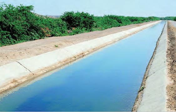Fotoğraf 3.63 Pakistan'daki sulama kanallarından biri