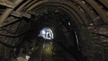 Fotoğraf 4.27 Taş kömürü yataklarının daha kârlı hâle getirilmesi ve çevreye zarar verilmemesi için planlama yapılmaktadır.