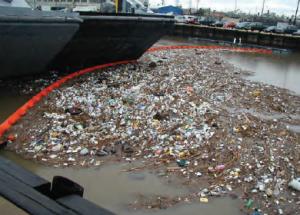 Fotoğraf 4.37 Deniz kirliliği, küresel bir sorundur.